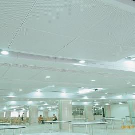 ,铝蜂窝板,铝塑板,铝扣板等铝幕墙