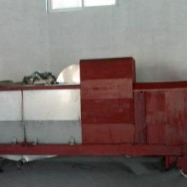 餐厨生活垃圾压榨机碳钢材质XHQG20T/H干燥度好首选鑫华轻工牌