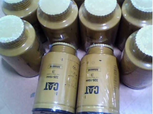 1R-0770优质卡特挖掘机油水分离滤芯1R-0770油水滤芯