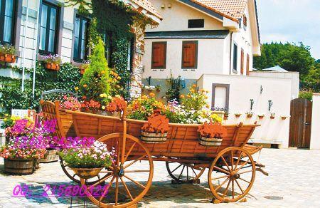 实木花车,广场花车,楼盘花车,售楼部装饰花车,街道花车,道路花车,欧式图片