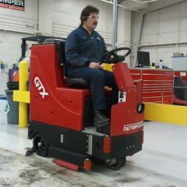 驾驶式洗地机-江苏洗地机厂家-工业洗地机-威卓环境