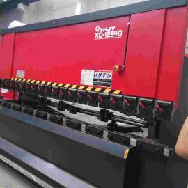 强力推荐 高性能数控不锈钢折弯机