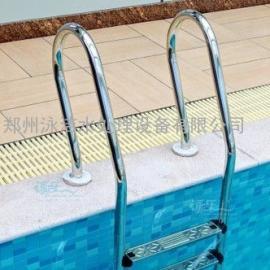 有客户说不知道选择游泳池几级扶梯适合池子?
