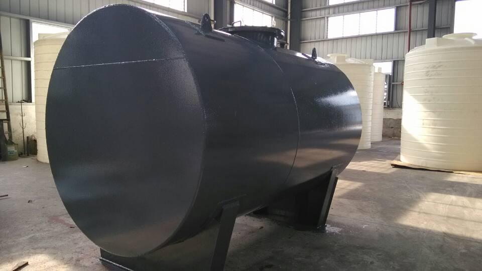2结构设计    硫酸储罐一般应至少包括如下管口:硫酸入口,硫酸出口