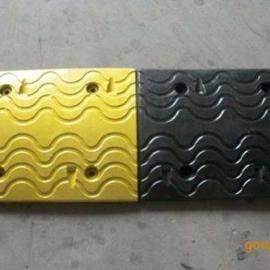 供应铸钢减速带/减速垄/减速垫