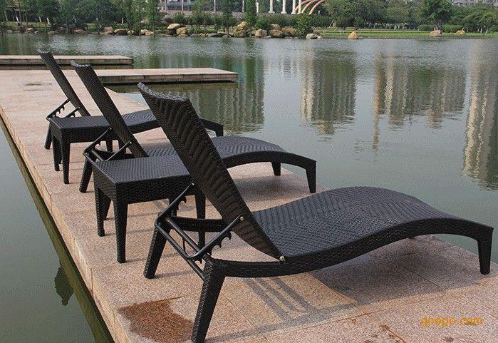 三亚沙滩躺椅,藤编结构,防腐防晒