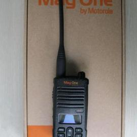 摩托罗拉A12对讲机〔Mag One A12对讲机〕