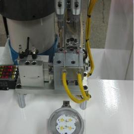 LED球泡灯自动锁螺丝机
