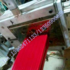 张家港木塑型材生产线|园林桌椅木塑型材生产机器设备