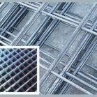 供应热镀锌钢丝网-镀锌电焊网用途-钢丝网片报价