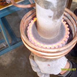 柱齿轮淬火设备、椎字齿轮高频淬火设备