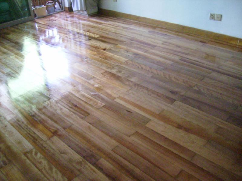 上海闵行木地板翻新公司