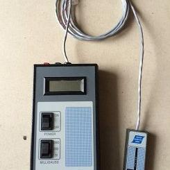 美国FGM-3D2手持式高斯计 美国WALKER磁强计