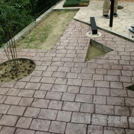 压模地坪,压模混凝土施工流程及注意事项