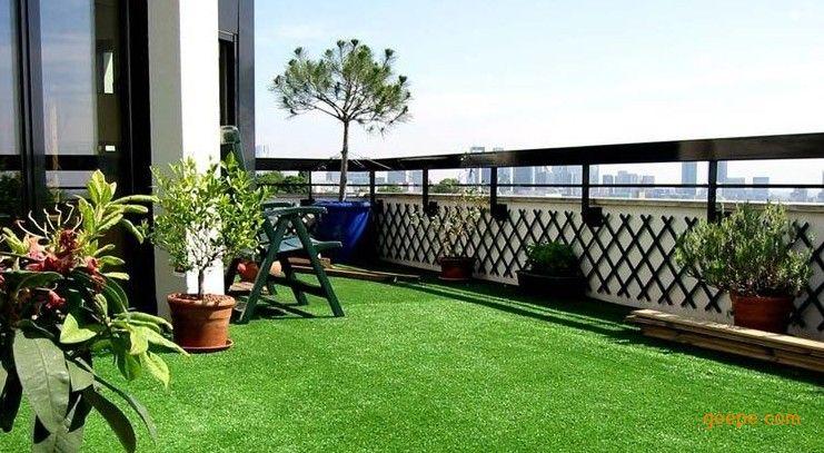 屋顶阳台人造草坪特点