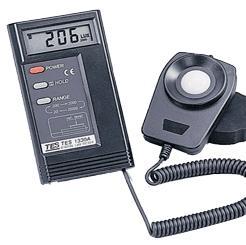 泰仕数字式照度计TES-1330A