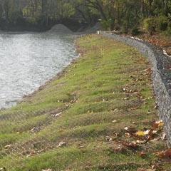 四川堤坝石笼网  堤坝防护网  宾格石笼网