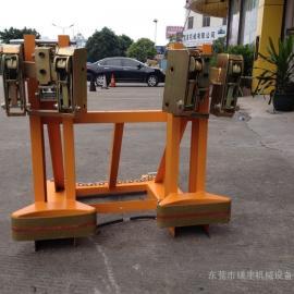 东莞叉车专用重型油桶夹具 适用于铁桶\塑料桶