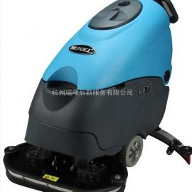 MB70手推式半自动洗地机