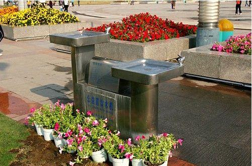公共直饮水机