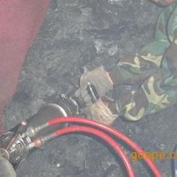 矿石洞采设备劈石机