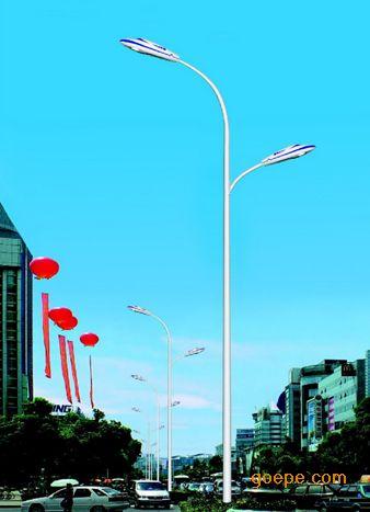 欧朗牌路灯主要应用于城市道路,小区道路,工业园区,景观亮化,旅游景区