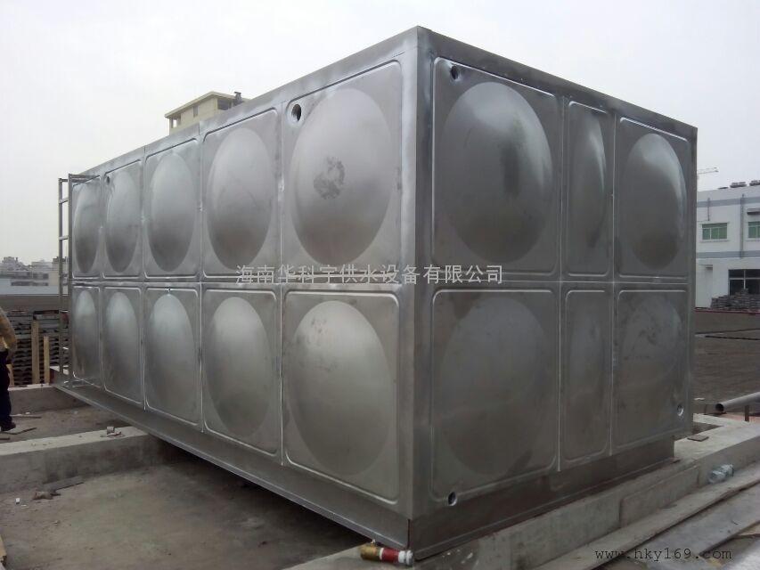 海南大型太阳能保温水箱