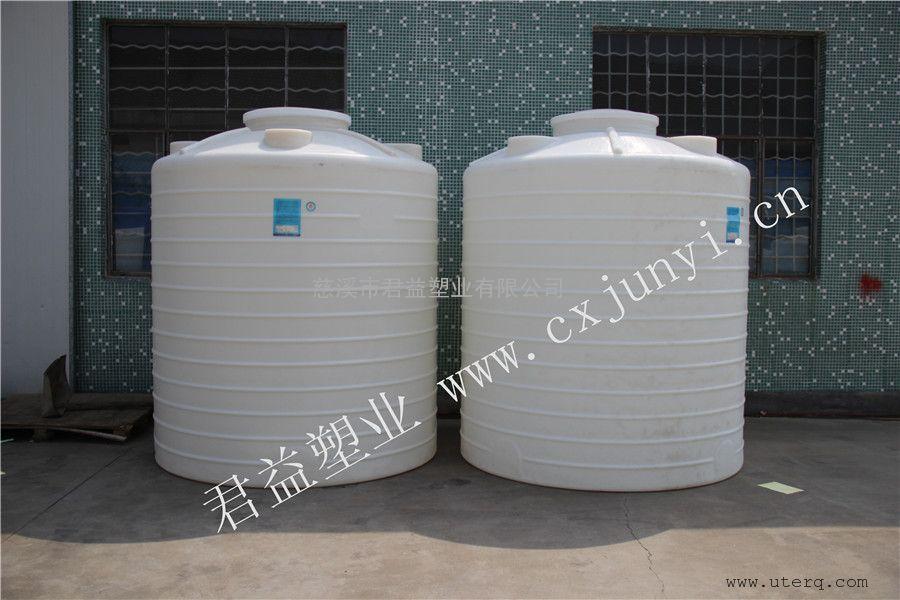 介绍君益塑业5吨PE储罐