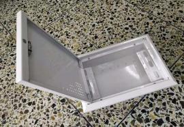 陕西安小区圆柱空心立式视频监控杆机电安装