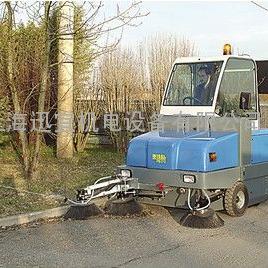 意大利ISAL PB170D空调柴油扫地机 驾驶室扫地车