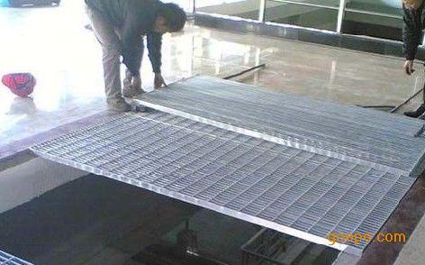 花纹钢复合格栅盖板
