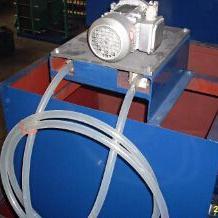 新型油水分离器-管式撇油机介绍