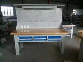 三抽屉榉木板桌面配灯架钳工桌品种繁多 学校培训专用的钳工桌