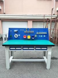 三抽屉复合板桌面钳工桌质量有保证 模具车间钳工桌实力雄厚厂商