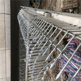 防爬网刺丝滚笼质优价廉防爬网刺丝滚笼质