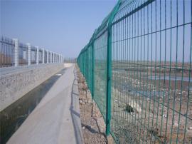 果园防护栅栏,农田圈地护栏网 鱼塘绿色围挡网