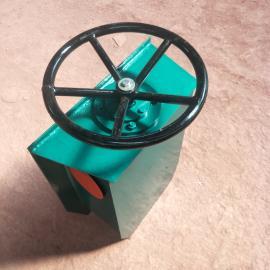 龙门吊起重机防风夹轨器 高500方向盘夹轨器