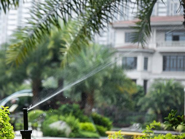 手机控制别墅花园智能自动浇灌系统
