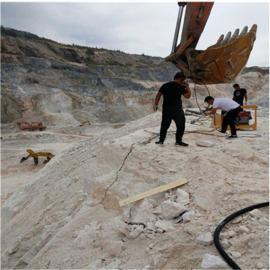 市内采石场静态挖掘硅石劈裂机