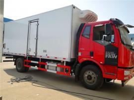 解放6.8米瓜果蔬菜保鲜车