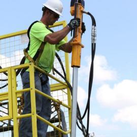 美国犀牛HPD液压取土钻机助力土壤污染采样检测