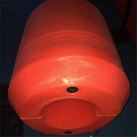 两半片圆筒状水上夹管子配套塑料浮筒产品介绍