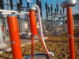 变频串联谐振耐压试验装置承装