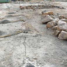 地铁修建破硬石头静态开采劈石机岩石劈裂机 液压劈裂棒