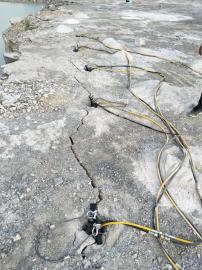 土石方基坑挖掘石�^劈裂�C�r石劈裂�C 液�号�裂棒