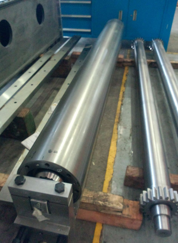 精轧机芯轴 冷轧机辊子 轴承座 西马克梅尔轧机配件