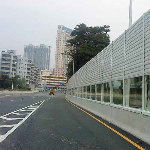 公路隔声屏障材料要求 公路隔声屏障