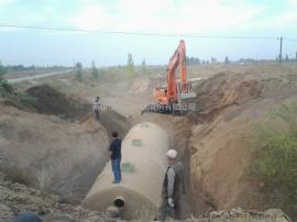 地面保温玻璃钢化粪池50立方米化粪池指导安装