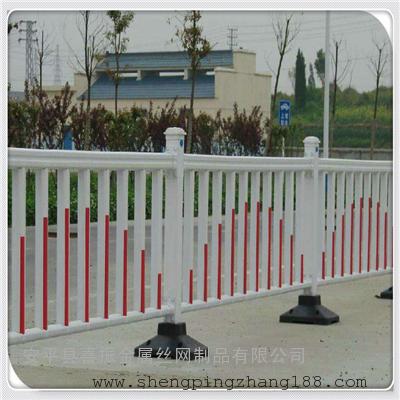 公路中央市政护栏 道路面包管护栏 机动车隔离护栏