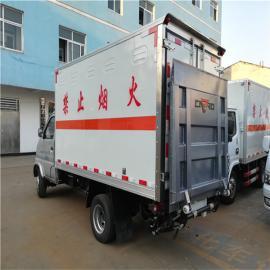 东风烟花炮竹运输车销售